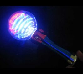usa-spinning-star-wand-with-red-white-and-blue-leds