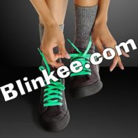 Glow-in-the-Dark-Shoelaces-Green.gif